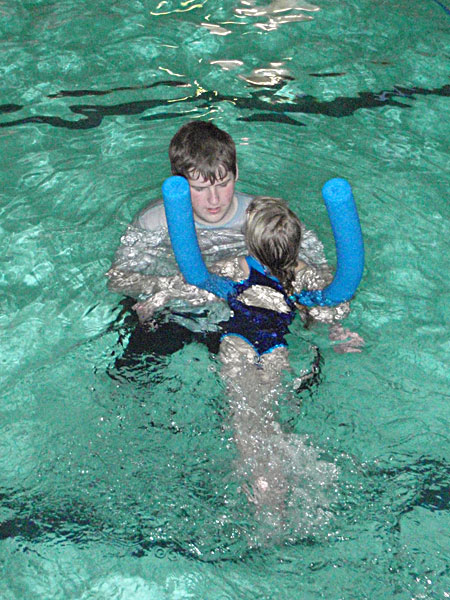 learning to swim with noodle float at st.albans swim school